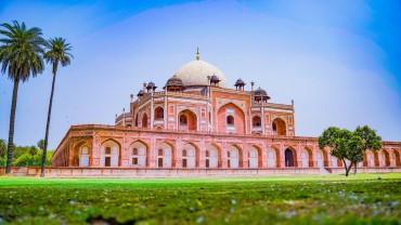 Humayun's Tomb Under Blue Sky