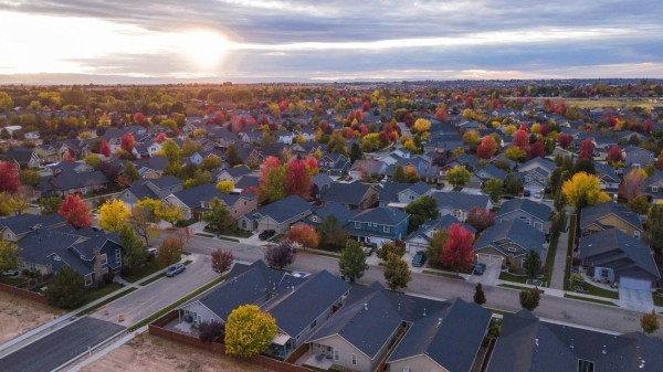 Why More and More Real Estate Investors Are Seeing the Potential of the Suburbs