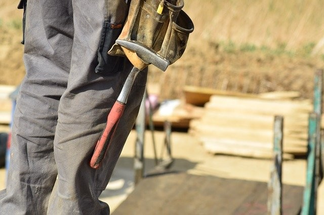 Is It Safe To DIY? How To Decide When It's Time To Call For Help
