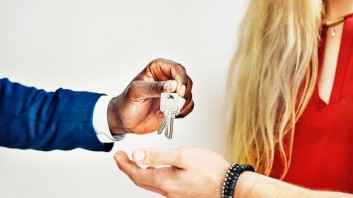How Much Does It Typically Cost to Buy a House?