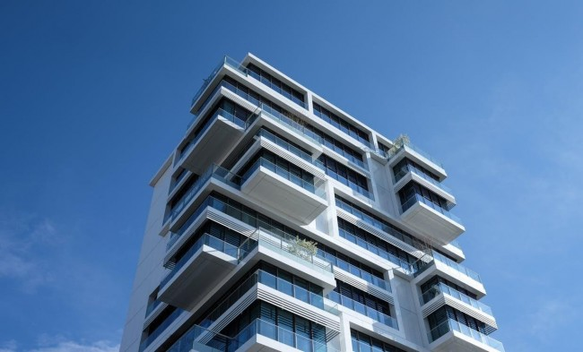 Buying a Condo vs a Buying a House, What's Right for You?