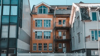 5 Ways to Find the Right Contractor For Your First Build
