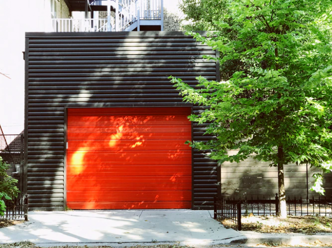 Top Reasons Why You Need To Fix Your Garage Doors Now